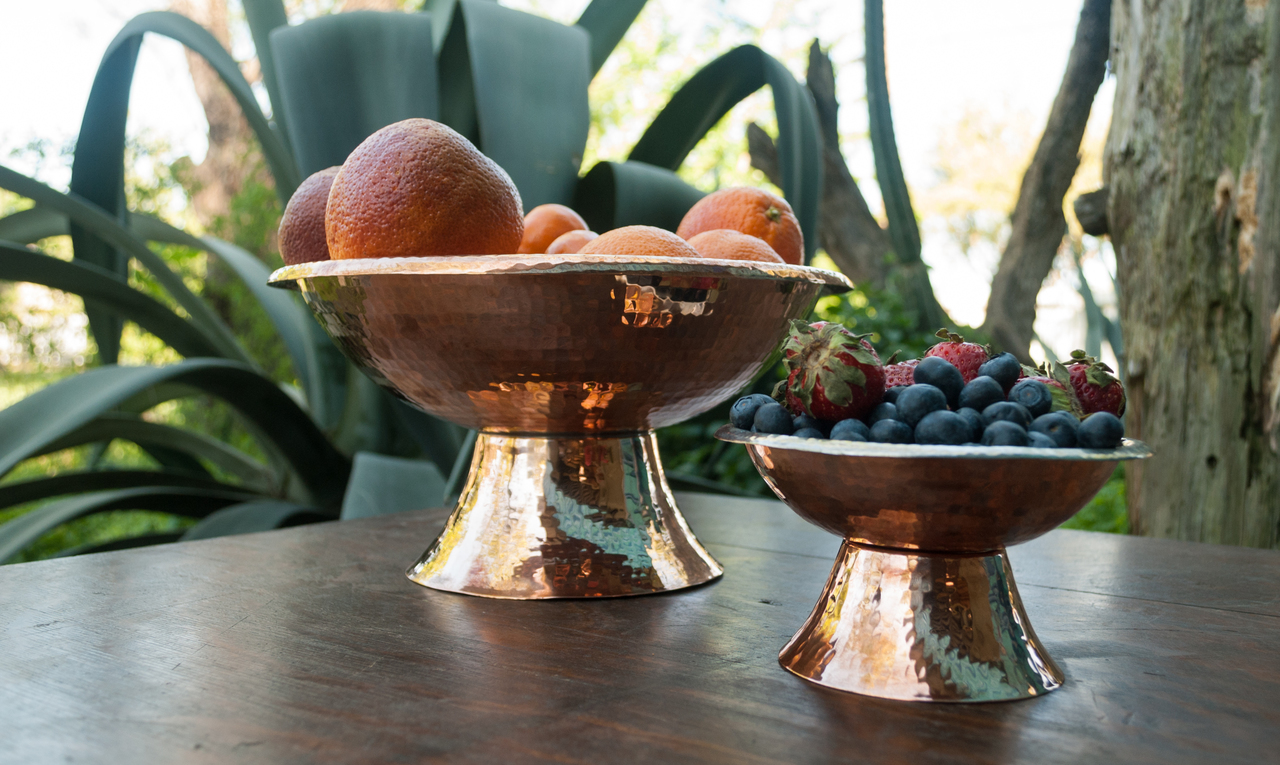 https://www.nicole-rhea.com/copper/copper-bowls/hammered-copper-frutera-bowl/
